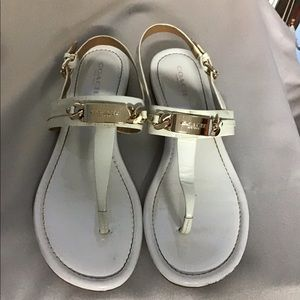 Coach Caterine thong sandals flat white